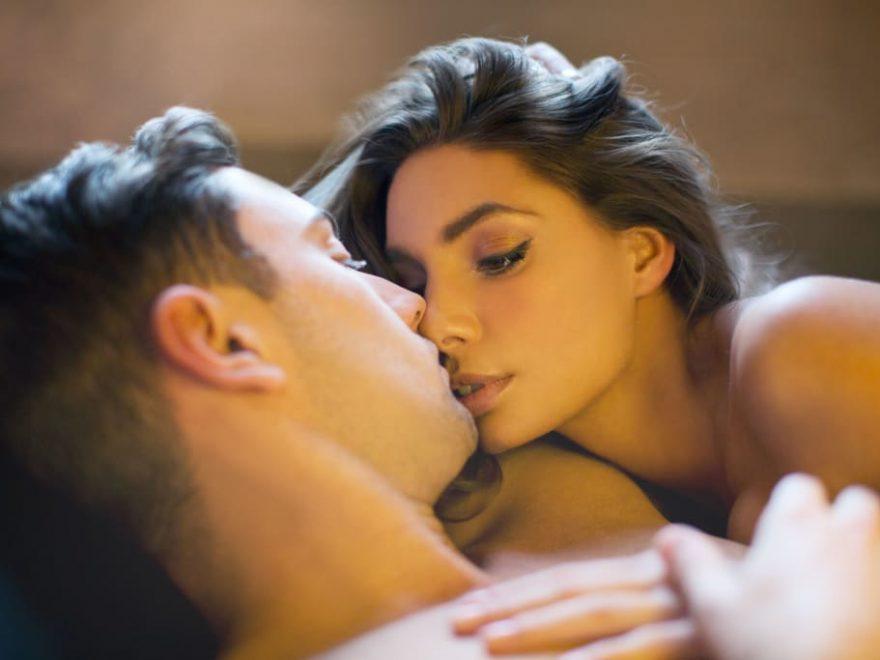 sarutul in timpul sexului